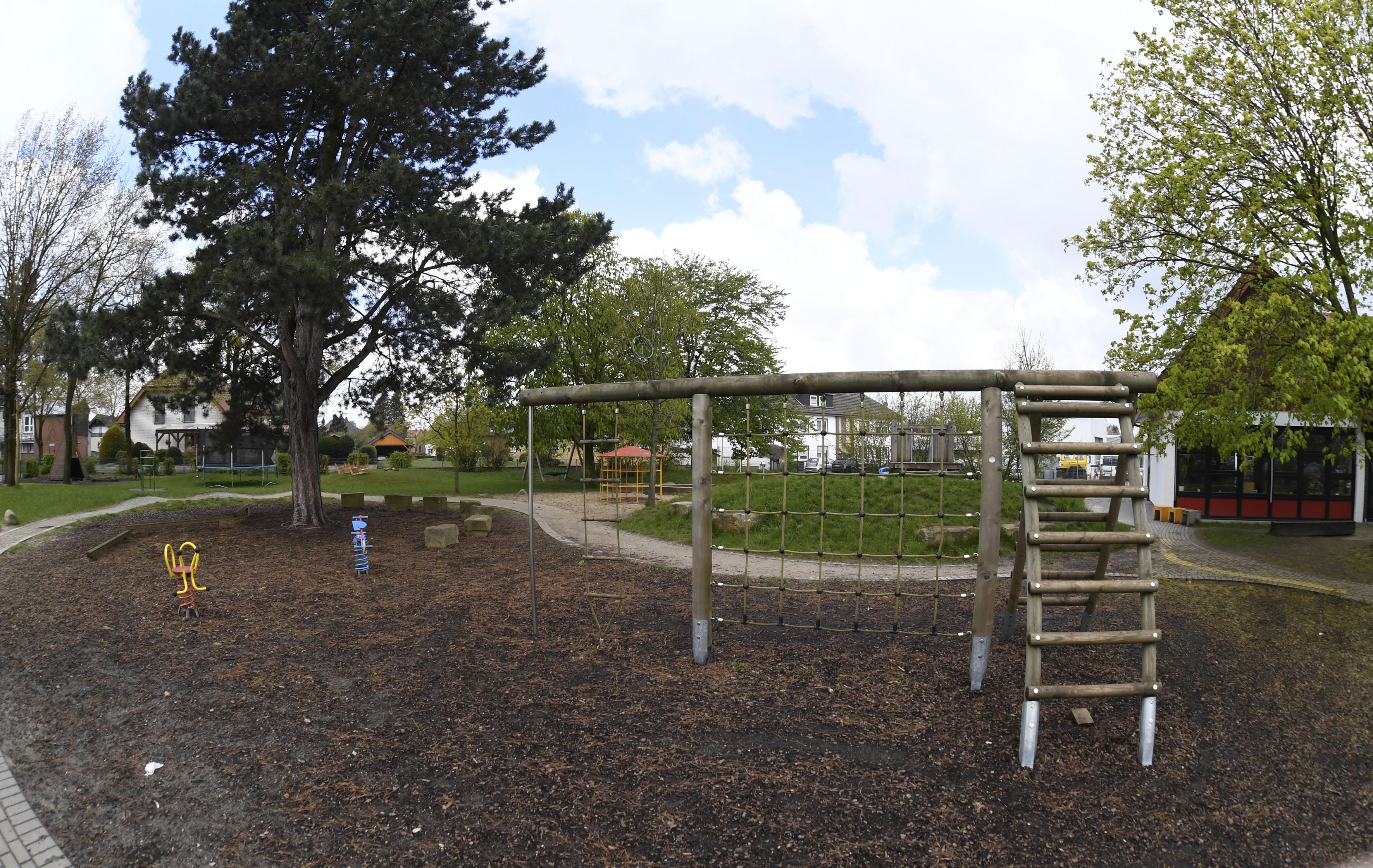 Klettergerüst U3 : Räume und spielbereiche unsere kita kath. st. joseph westenholz